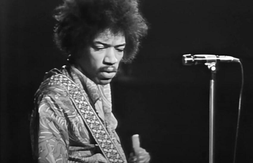 Jimi-Hendrix-Sweden-1969